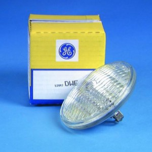 https://www.axall.be/1158-thickbox/lamp-par36-dwe-minibrut-650w-30x40-120v-screws-3200k-100h-ge.jpg